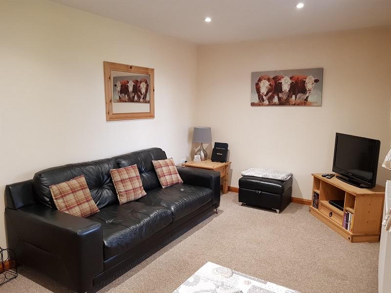 Kingfisher Lounge 2